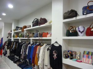Exclusivos moda vitoria: frontar de la tienda de la calle gorbea